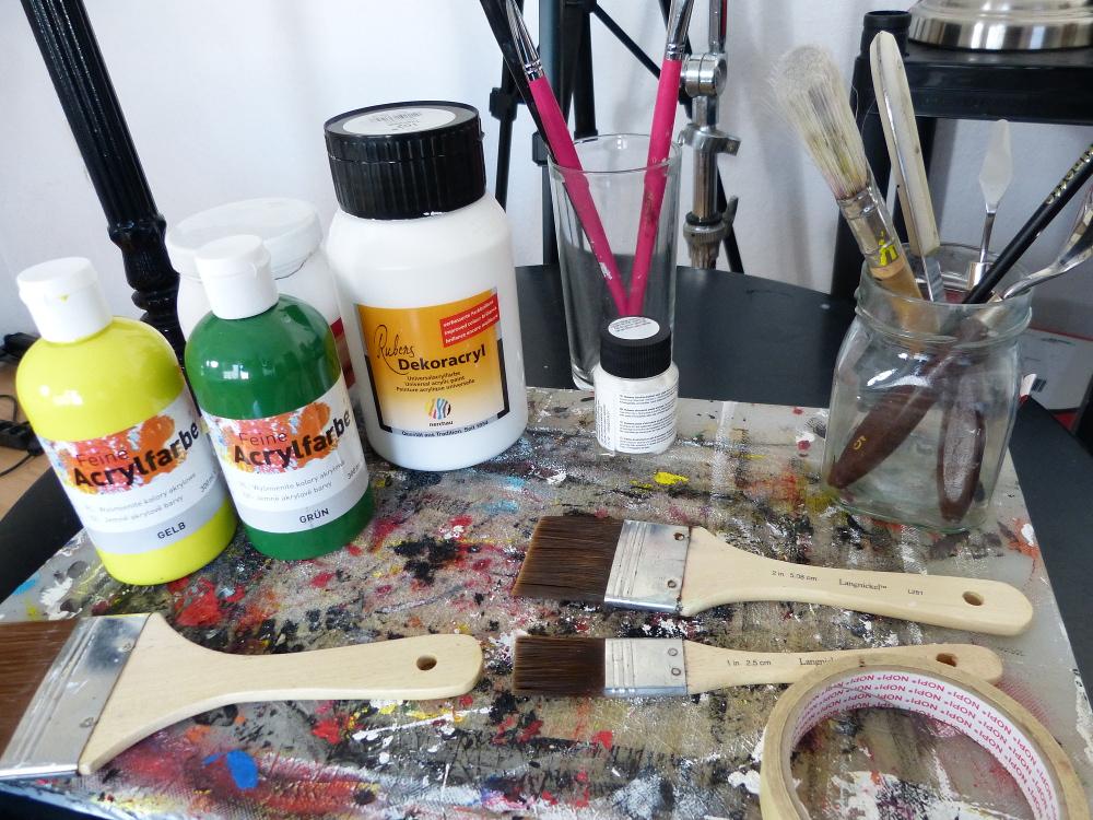Die 5 wichtigsten Materialien zum Malen lernen mit Acryl-Farbe